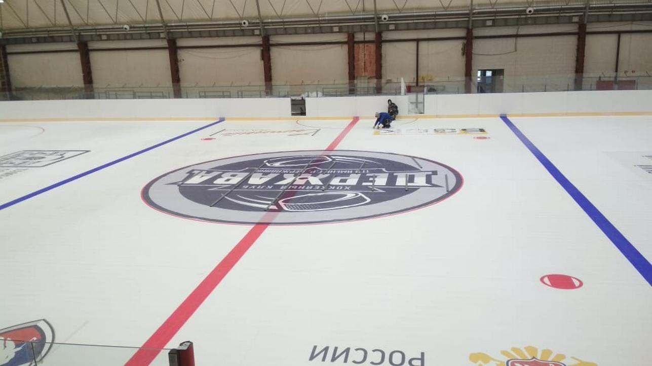 Монтаж рекламной продукции (баннера) в лед